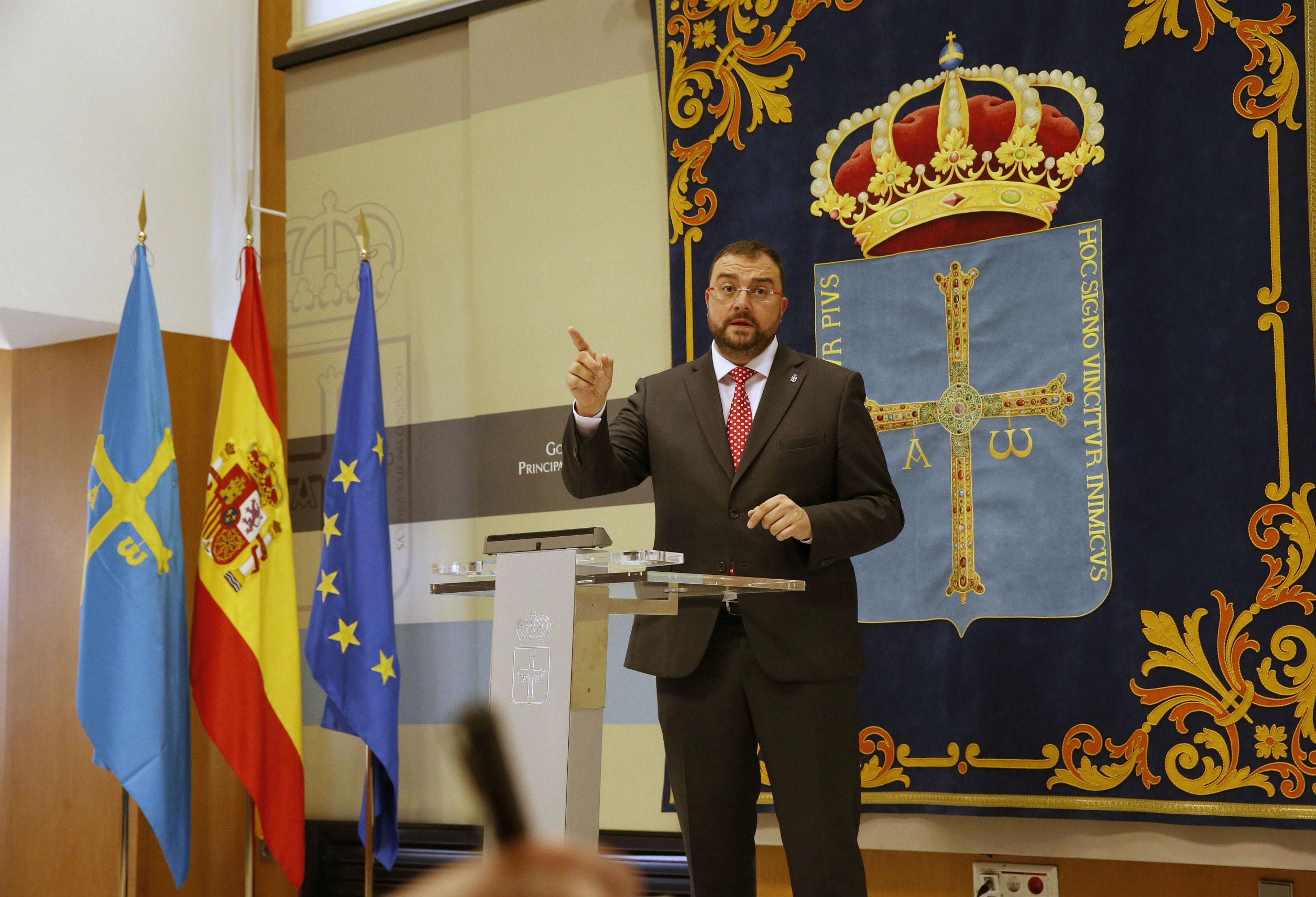 El Presidente del Principado de Asturias, Adrián Barbón, que hoy ha informado en rueda de prensa sobre los acuerdos adoptados en la reunión del Consejo de Gobierno.
